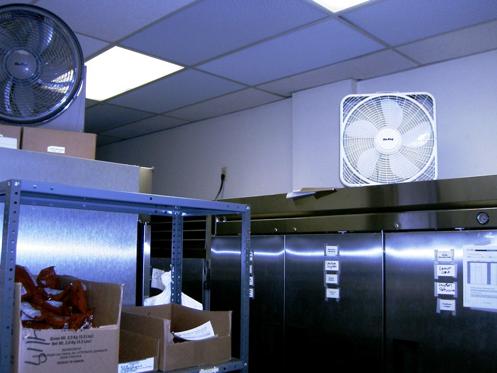 commercial_refrigeration_1_1397515098.jpg
